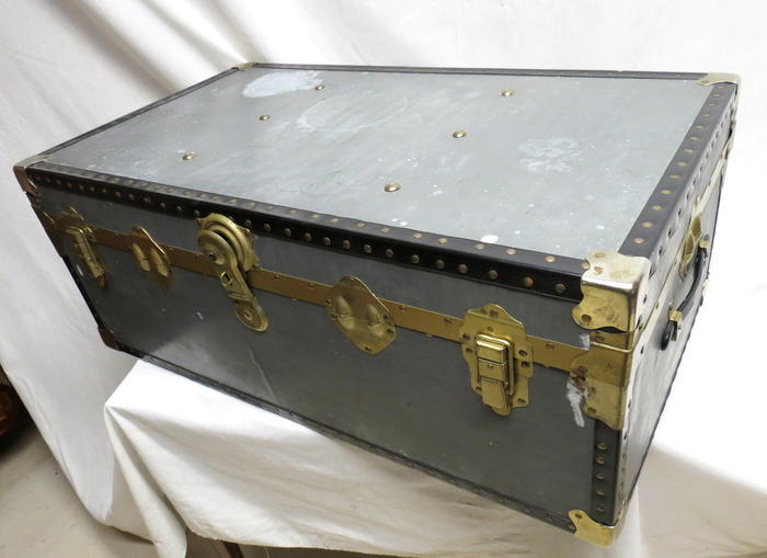 Antique Travel Steamer Trunk Chest Coffee Table Flat Top Big Old Suitcase Brass Ebay