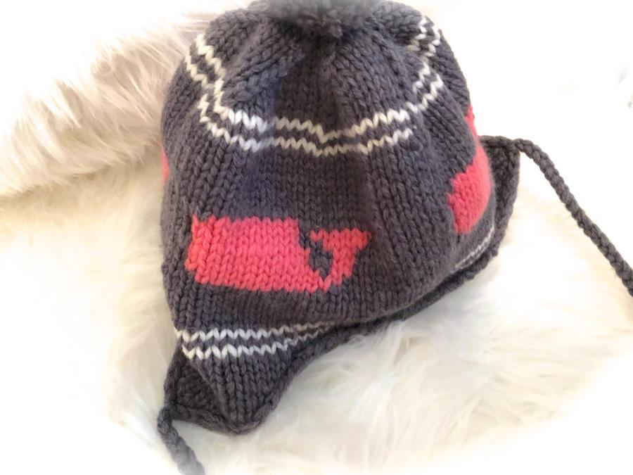 Cute Girls  VINEYARD VINES 🐳 Gray Whale Winter Knit Hat~Cap! Pink Whales    Pom Poms!💕 eed8e860e32a