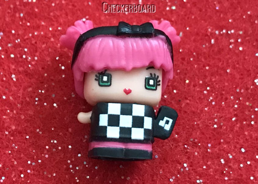 """Easter My Mini MixieQ/'s Series 1 SASSY /""""Skater Girl/"""" ~Every Day~ Mattel"""