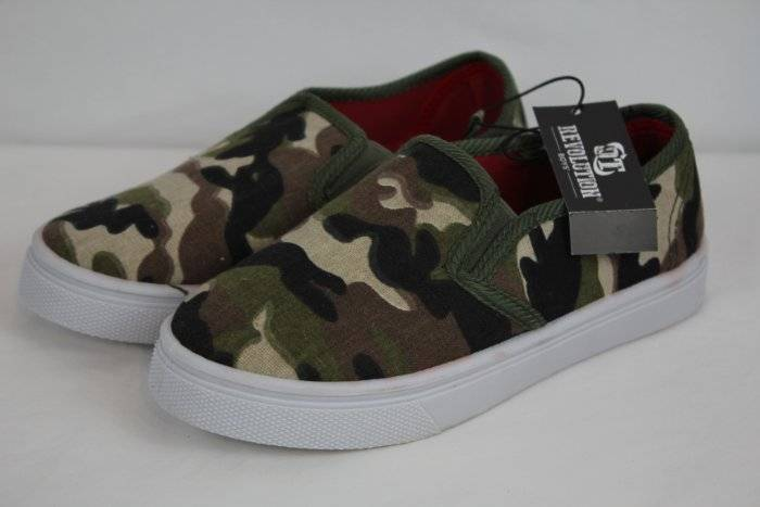 NEW Boys Canvas Loafers Size 4