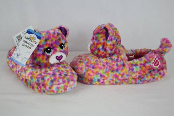 Build A Bear Girls Slippers Cat Kitten SZ XL 3//4 Pink Red Hearts Rubber Sole