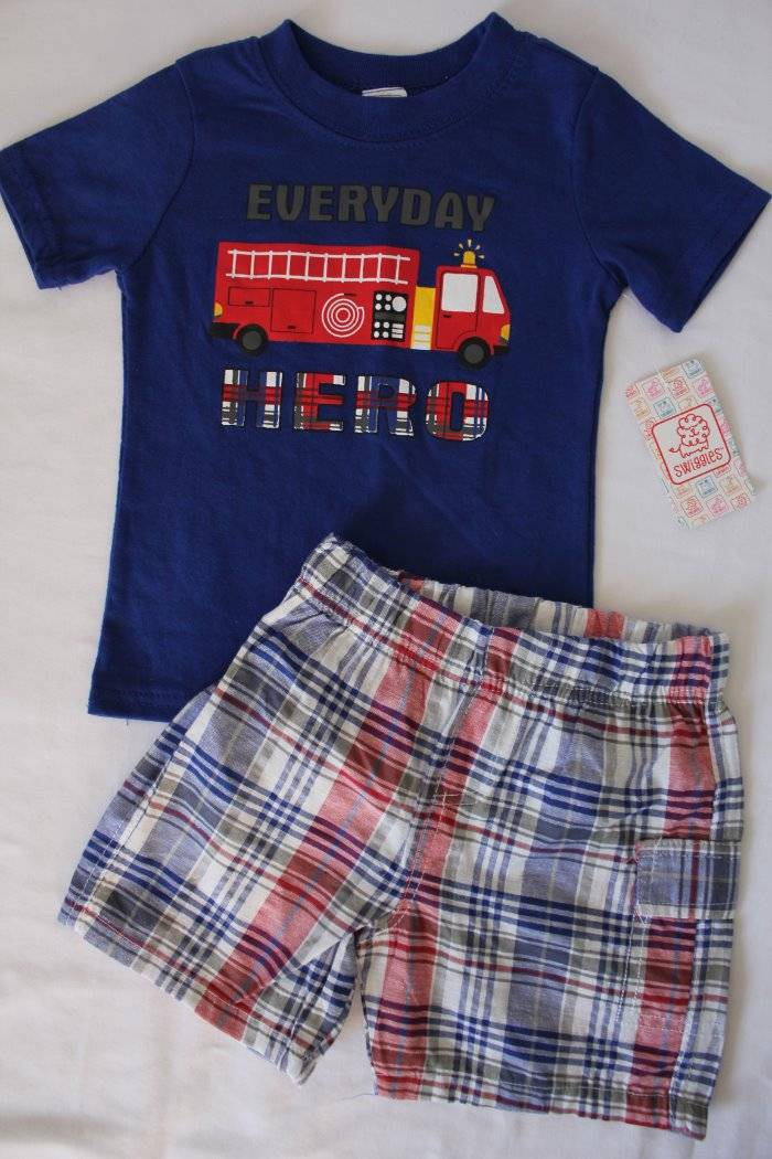 f70b45a14037 Baby Boys 2 Pc Set Size 12 Months Outfit T Shirt Shorts Fire Truck ...