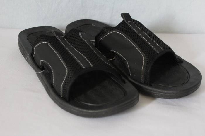b18922586b51 Details about NEW Mens Sandals Medium 10 - 11 Black Slides Flip Flops Mesh  Summer Shoes