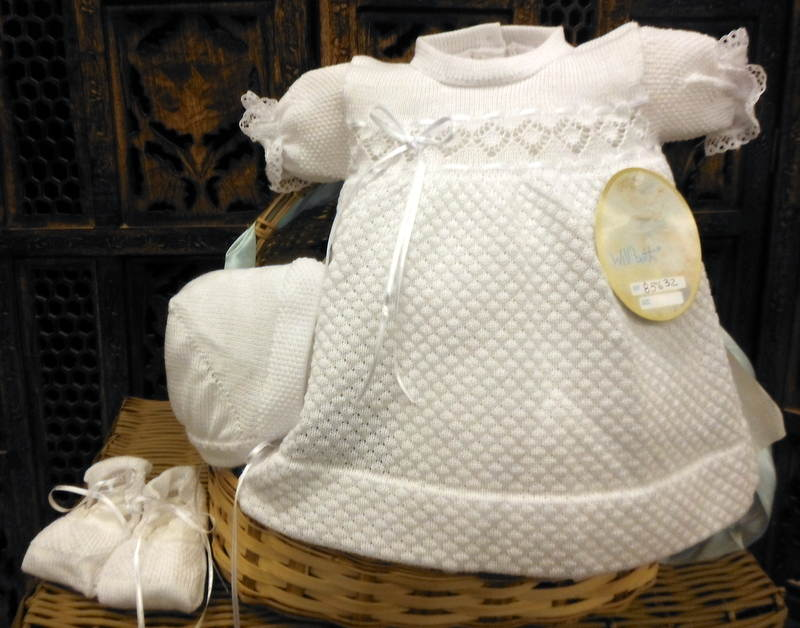 NWT Will/'beth White Baby Girls 4pc Diaper Set Preemie Size 00 Bonnet /& Booties