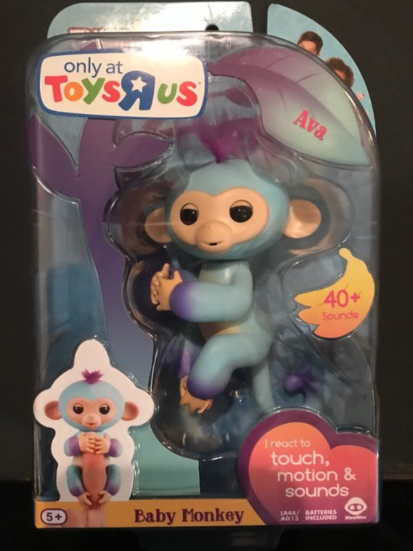 Toys R Us Exclusive Skye /& Ava 100/% Authentic WowWee Fingerlings Lot Set x2 New