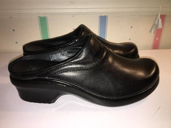Women's ARIAT Black Leather Open Back Clogs-Size 8B-Excellent Used Condition