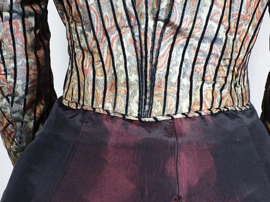 Victorian paisley and velvet bodice ca1890-1993 #1617