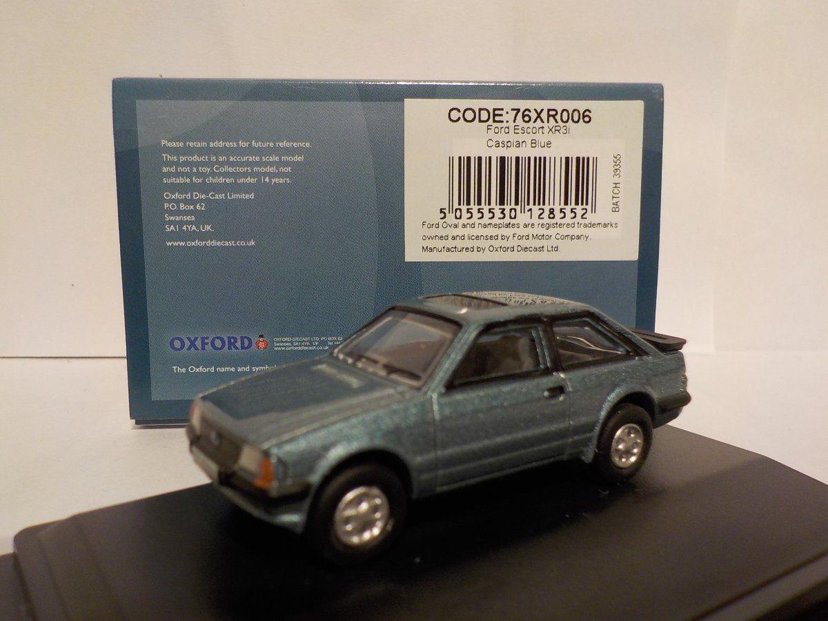 Oxford Diecast 76XR006 Ford Escort XR3i in Caspian Blue 1:76