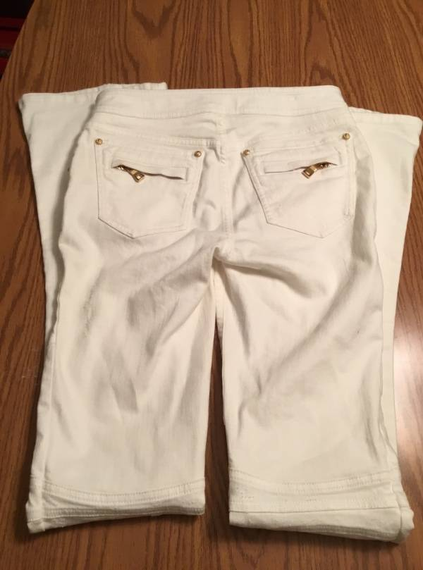 outlet for sale fast delivery outlet store Details about NEW BALMAIN WHITE DENIM BUTTON DISTRESSED JEANS SZ FR 36