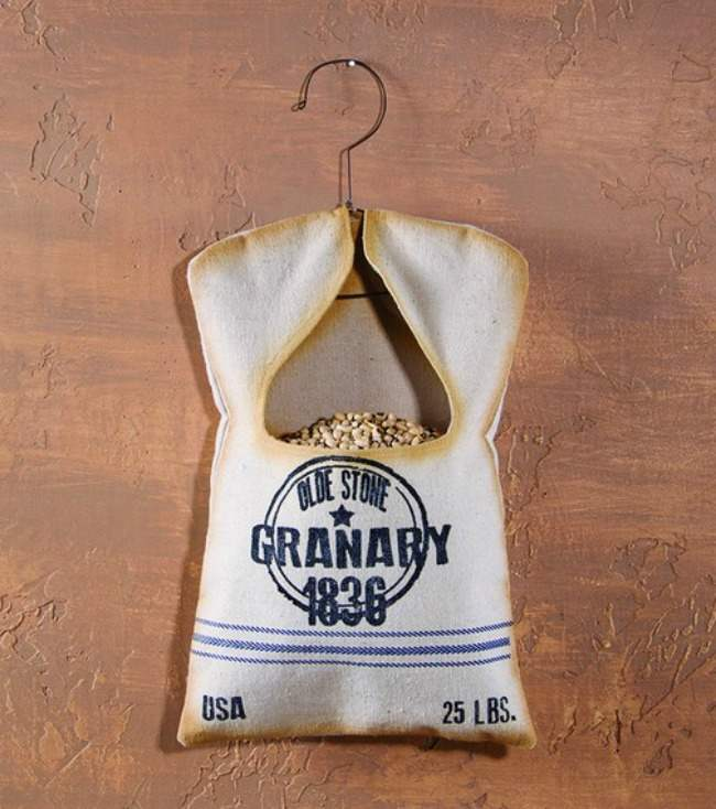 Primitive` Reproduction ``Granary 1836 Grain Sack Clothespin Bag` with Hanger