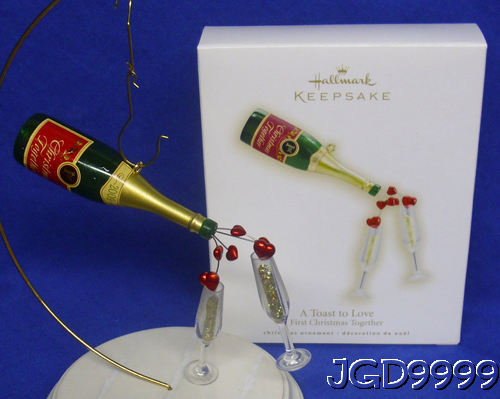 Hallmark 2009 A Toast to Love Ornament