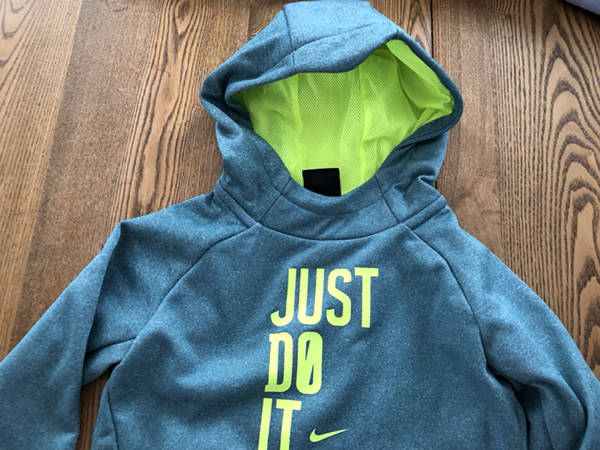 4c1384d9d287 Nike Boy s Hoodie Sweatshirt Size 4 Therma DriFit NEW Rio Teal Heather