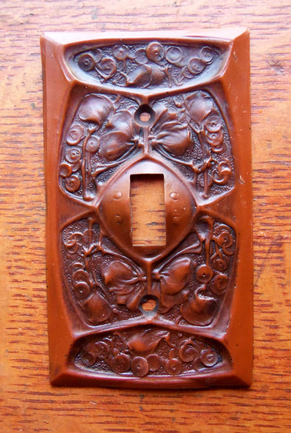 New craftsman gingko arts crafts toggle switch plate for Arts and crafts outlet covers
