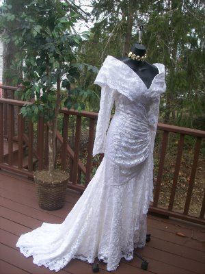 VINTAGE 80s ANGELIC FAIRY WEDDING GOWN M WHITE LACE | eBay