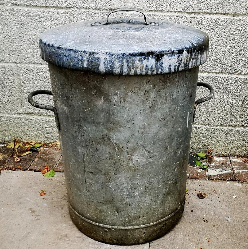 Heavy Old Vintage lidded galvanised Dustbin Garden Planter Tub Storage |  eBay