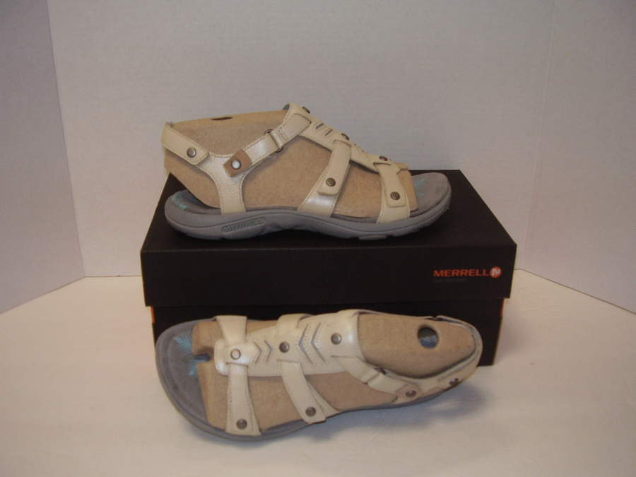 6eb9d7d53bd UP FOR BID IS A PAIR OF NEW MERRELL ADHERA STRAP BACKSTRAP COMFORT SANDALS  IVORY SZ 11