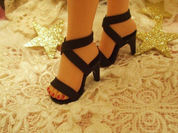 "Black New Plastic Revlon Doll Shoes High Heels HIGH HEEL SHOE/'S  2/"" X 3//4/"""
