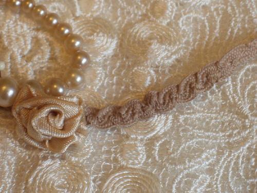 "Vintage Tan 1//8/"" Petite Shirring Braid~Trim~Dolls~9yds//$6.00"