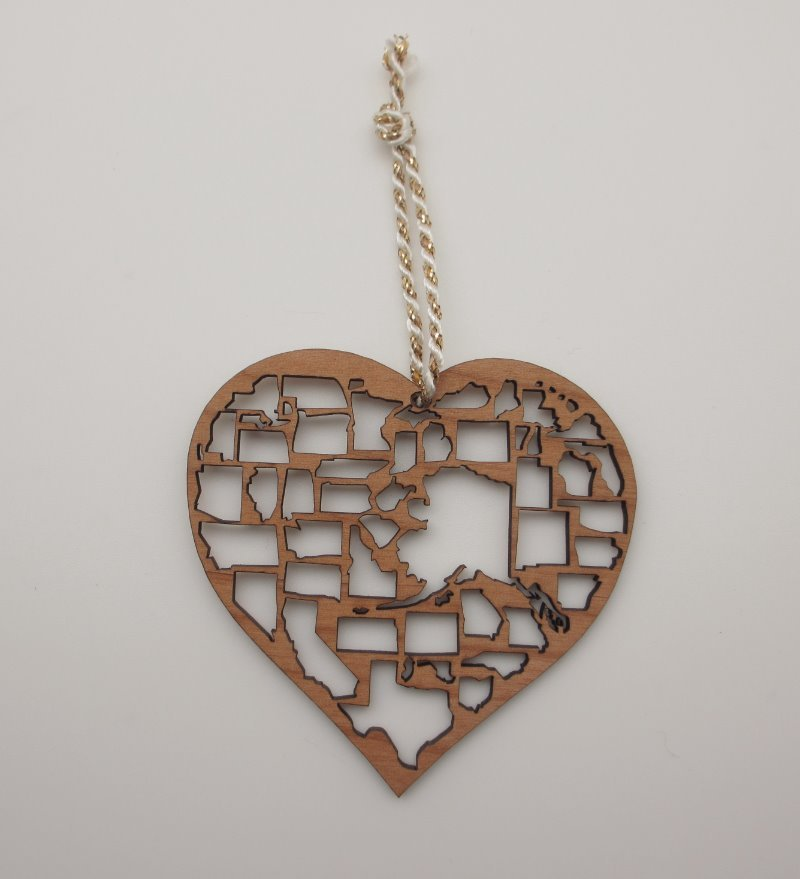 States Heart Wood Christmas ORNAMENT America Travel Gift