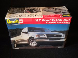 You Are Looking At A Revell  Th Scale Plastic Model Kit Of A  Ford F  Xlt Standard Cab Pickup This Kit Is Factory Sealed