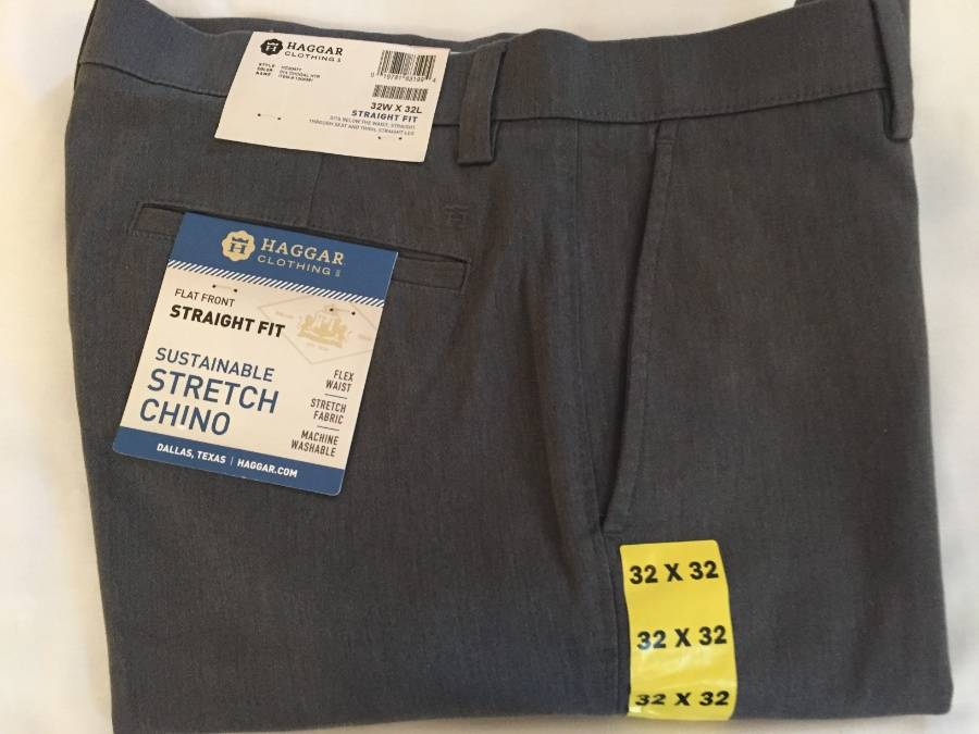 Haggar Clothing Men/'s Sustainable Stretch Chino Flat Front Navy, 34X32
