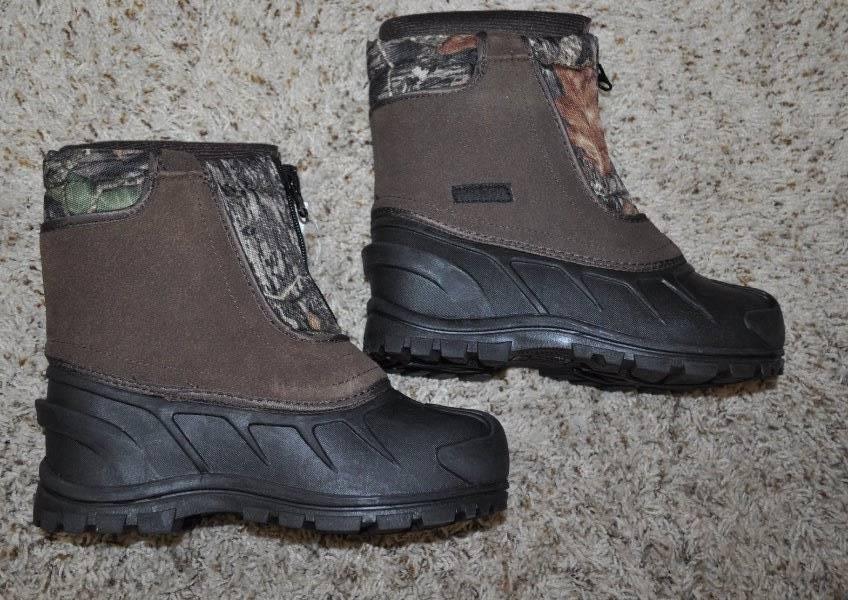 4 NIB $50-Boys Itasca Black Brown Camo Waterproof Winter Snow Boots-sz 2 3 5